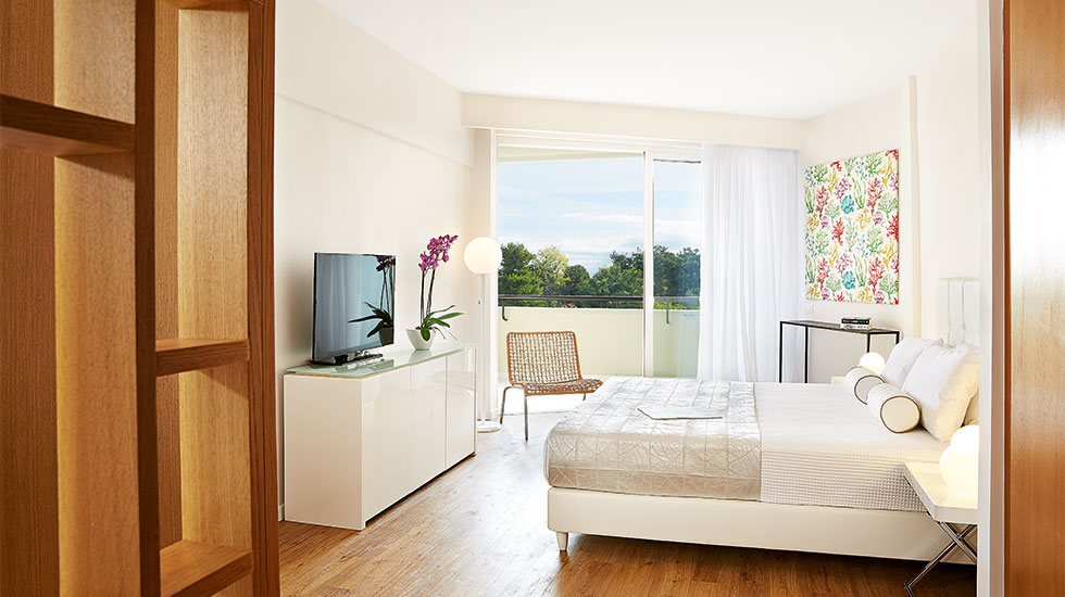 superior guestroom pella beach chalkidiki greece