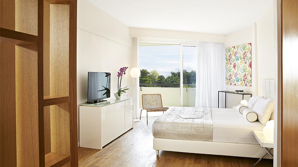 Superior Guestroom Bedroom