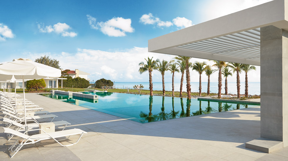 Sea view outdoor Pool