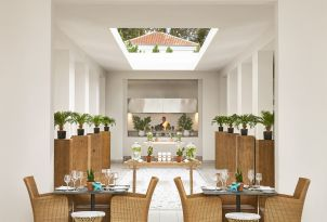 13-main-restaurant-in-pella-beach-resort