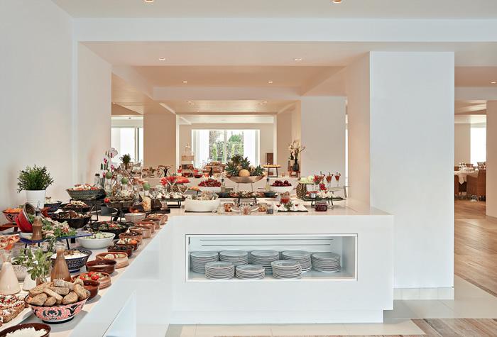 02-pella-beach-fine-dining-luxury-resort